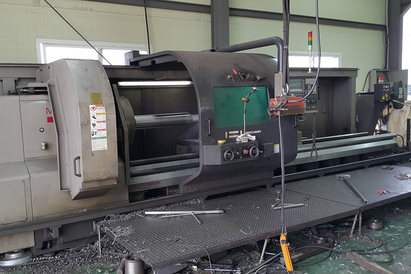 https://crm.appliedmachinery.com.au/uploads/Stocks/images/Hwacheon-Mega-100-x-4000-CNC-68110a.jpg